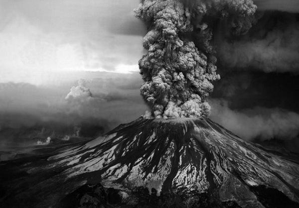 美国的最大火山爆发事件 圣海伦斯火山爆发 【图组】