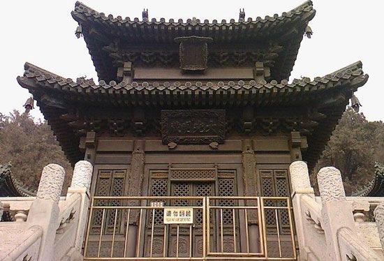 宝云阁 世界最大的古铜亭