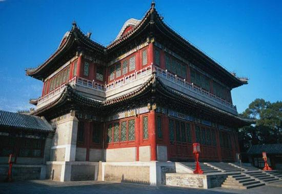 北京颐和园德和园大戏楼 最大的三层古戏台