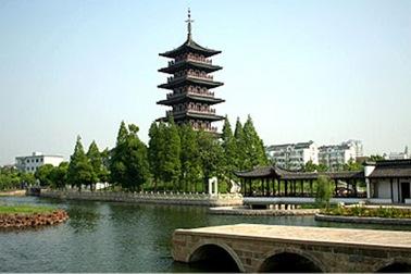 中国最高的铜塔 华严塔 高达7米