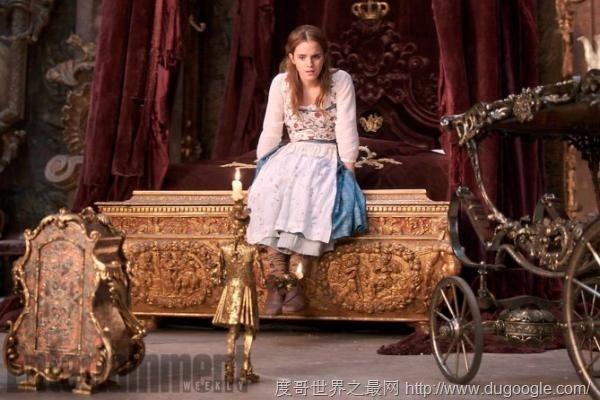 艾玛·沃特森登上娱乐周刊封面 曝光《美女与野兽》最新剧照