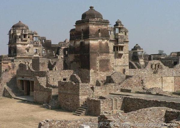 仅次中国的世界第二大长城,昆巴哈尔堡建造花费达100年时间