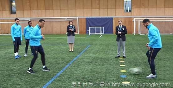 热刺球星再创造传球世界纪录