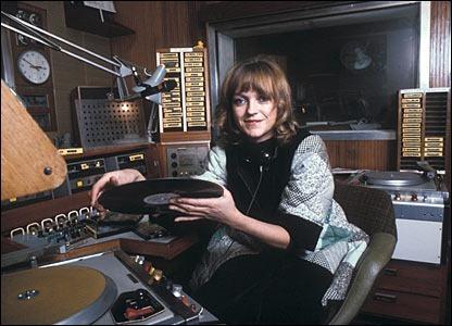 工作时间最长的女性电台主持人:安妮南丁格尔