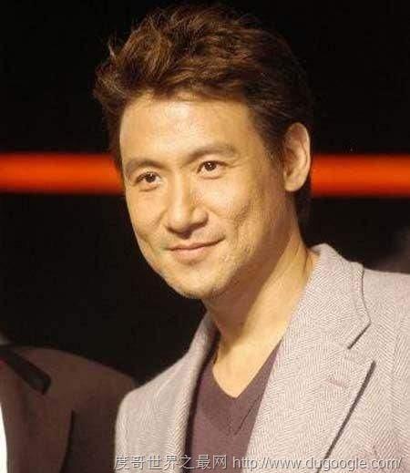 李小龙一秒内能打9拳 曾打破吉尼斯纪录的明星们