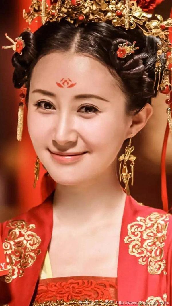 古装眉心印最美女星,赵丽颖第八,佟丽娅第五