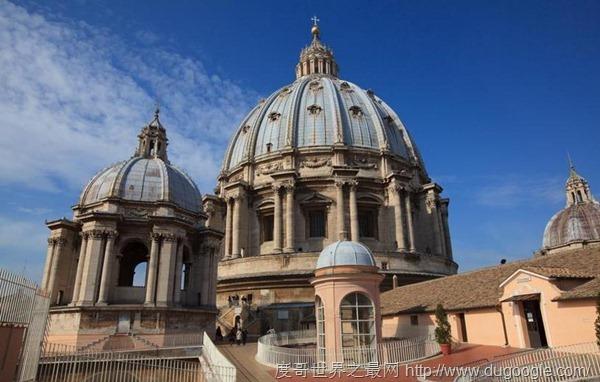 世界上最大的教堂,圣伯多禄大教堂占地2.3公顷可容纳超过六万人