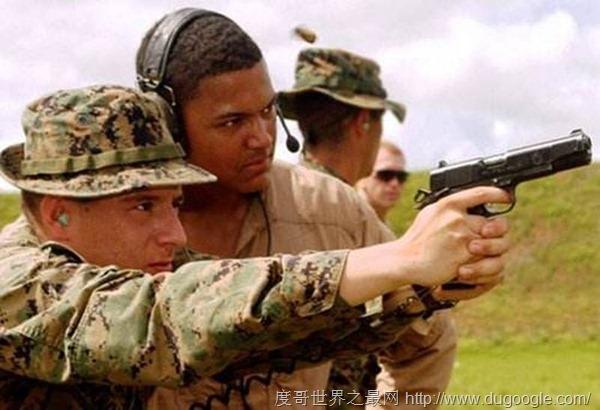 美国枪店购买的百年名枪M1911 陨石制作一把售价近十万