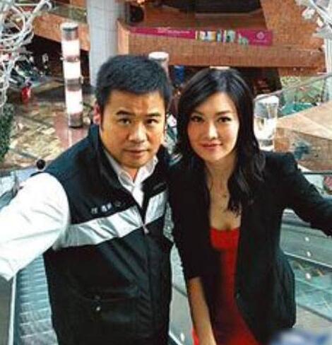 黄有龙前妻港姐冠军叶翠翠,没赵薇漂亮也没赵薇能干