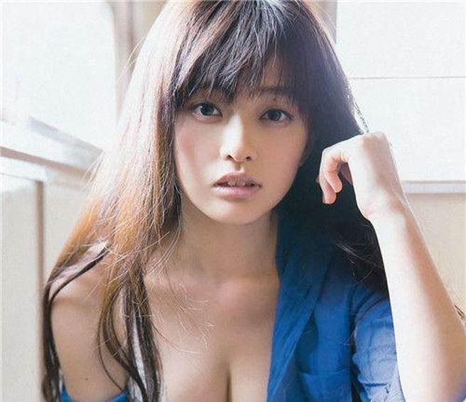 日本写真界四大美女明星 筱崎爱 山地麻里
