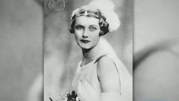 被遗忘的女版庞德Betty Pack 她用的不是枪而是