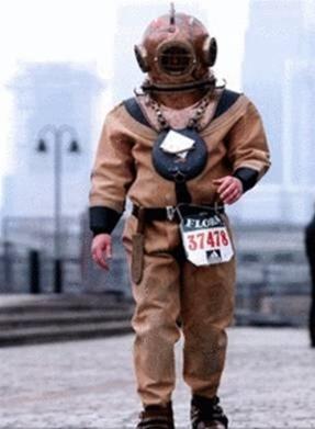世界上最慢的马拉松选手 劳埃德斯科特